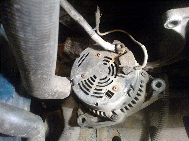 как поменять щетки генератора на 190 мерседесе